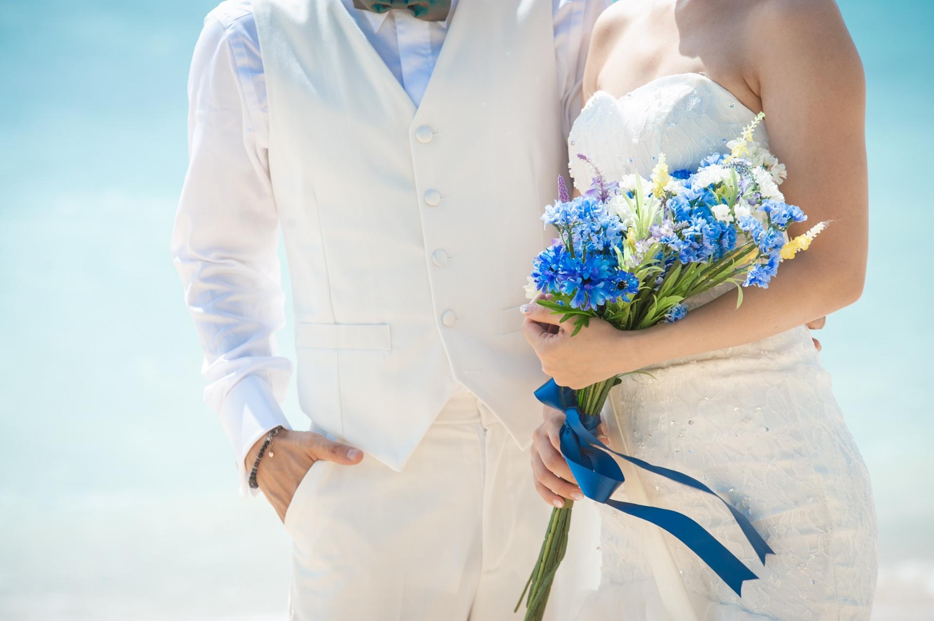 結婚式、花嫁、新郎新婦、ブーケ