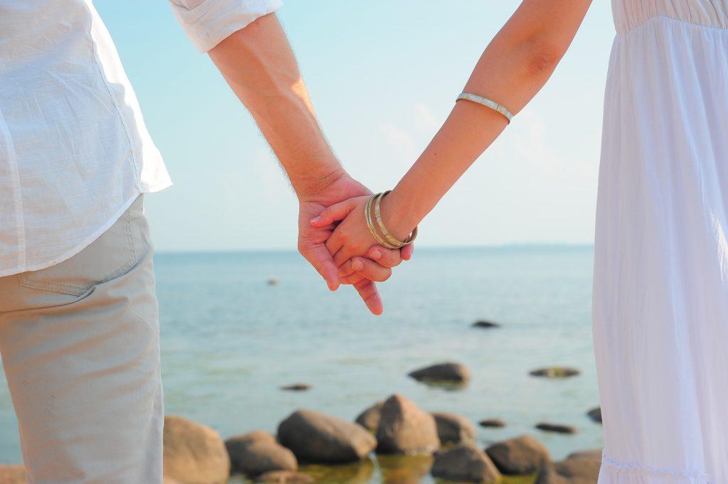 結婚相談所,評判,結婚物語,結婚,成婚,実績,エリート