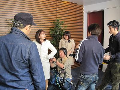 日本テレビ 美しい座り方 笑顔 講座
