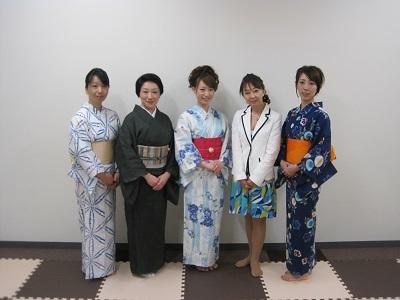 7/27 銀座で浴衣の着付けセミナーパーティを開催しました。                                             【30代・40代の上質な結婚は東京の結婚相談所インフィニ 青山結婚予備校へ】